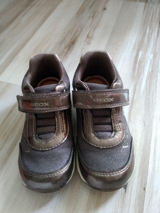 Zapatos niña Geox