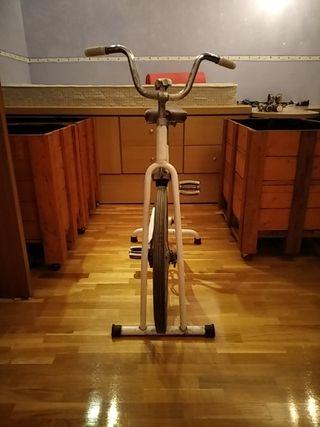 bici estática vintage