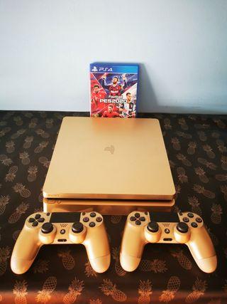 Playstation ps4 edición limitada y 2 mandos y PES