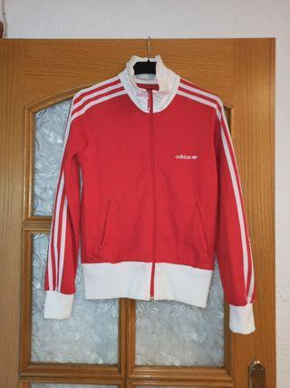 Chaqueta Adidas roja y blanca