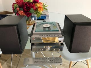 Mini cadena reproductor DVD / CD Vieta