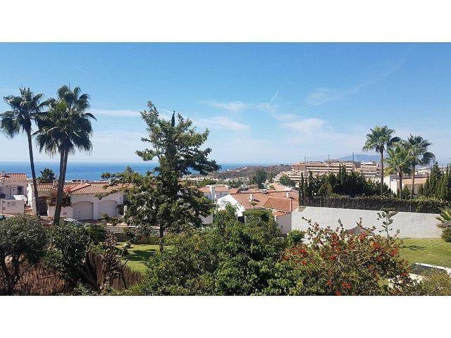 Piso en alquiler en Añoreta Golf - Paraíso del Sol en Rincón de la Victoria (Benagalbón, Málaga)