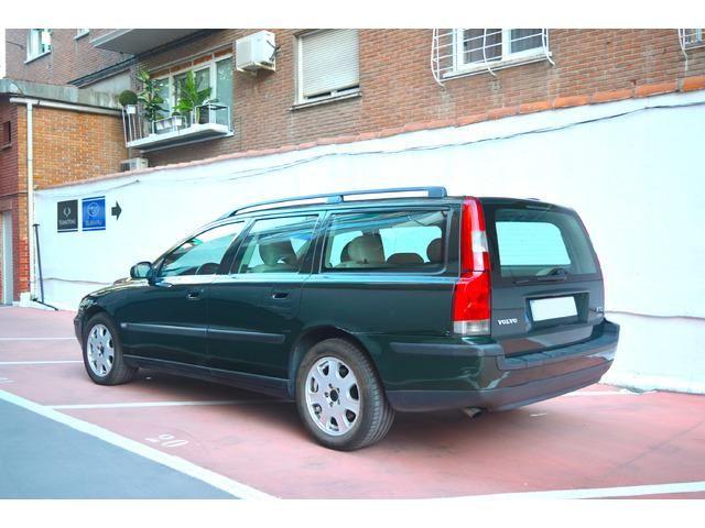 Volvo V70 2.5D 103 kW (140 CV)