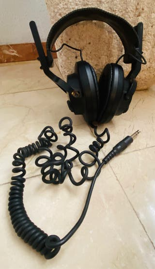 Auriculares estéreo dinámicos SONY modelo DR-S5