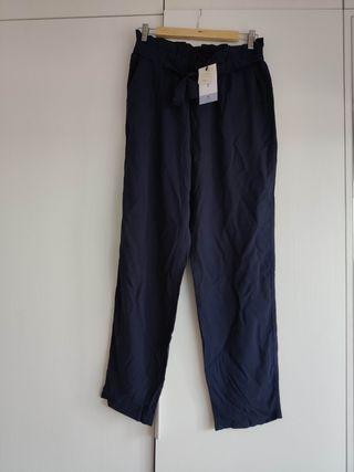 2 Pantalones tipo paperbag nuevo de lefties