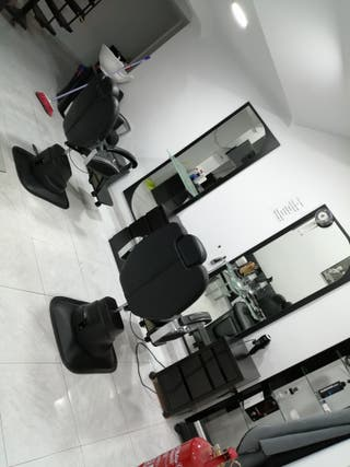 emprendedor barbero peluquero