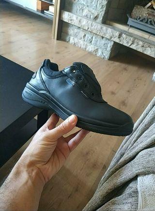 zapatos de trabajo nuevos mujer número 38