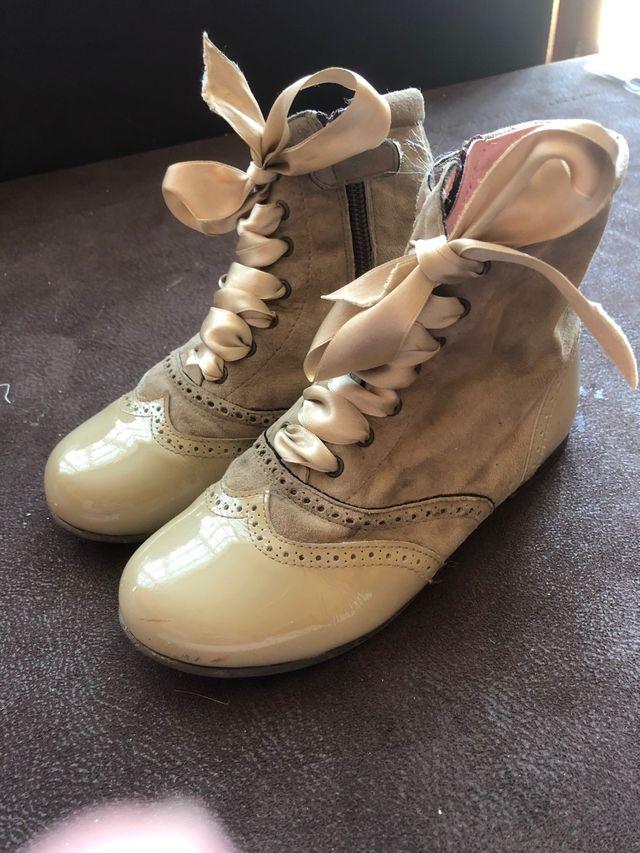 Pascualas petit shoes camel beige