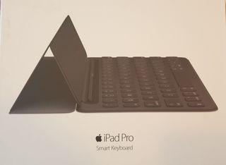 smart keyboard ipad pro 9,7