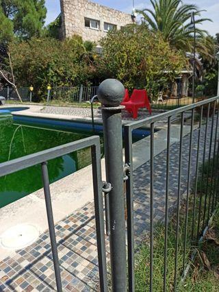 Valla piscina/recinto. Hierro forjado a mano