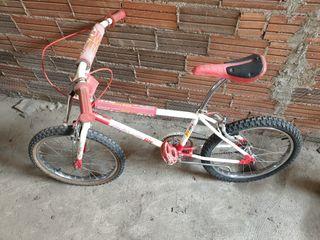 Se vende bici BH california
