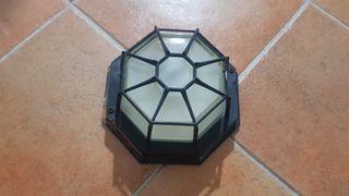 Se vende plafon de luz exterior