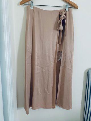 Falda midi aberturas Zara