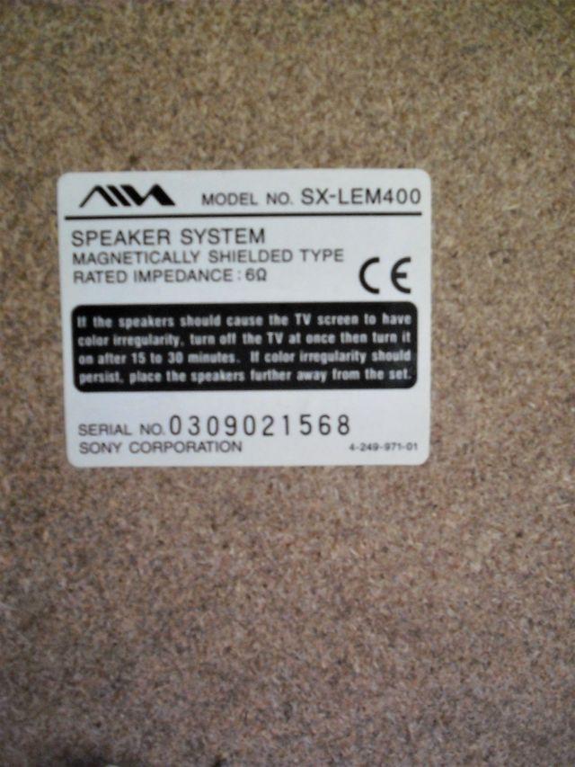 Altavoces Aiwa Modelo SX-LEM400