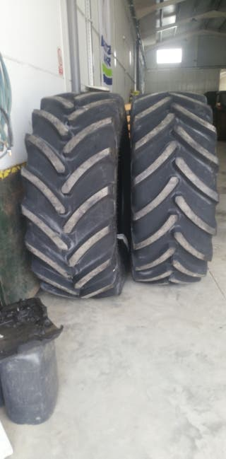 rueda de tractor