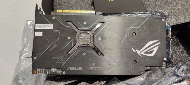 Tarjeta Gráfica Asus Rog Strix Vega56 8gb VR