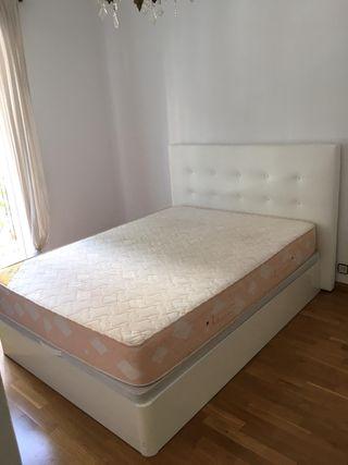 Juego de cama doble (canapé + colchon + respaldo)