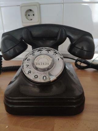 Teléfono Negro de baquelita antiguo
