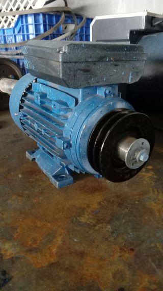 Motor eléctrico 2'2kw.