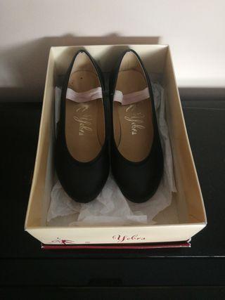 zapatos niña Yebra flamenco talla 26