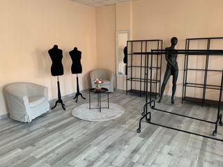 Urge vender - mobiliario tienda ropa mujer