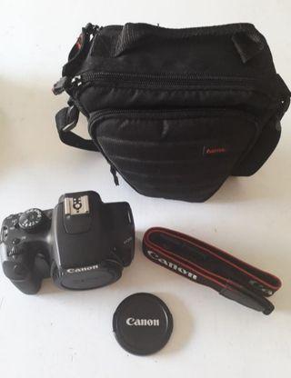Cámara reflex: Canon EOS 1000D, Cuerpo