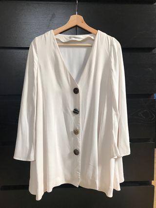 Blusa uterqüe blanca talla S (amplia)