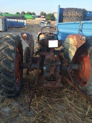 Despiece de tractor Super Ebro