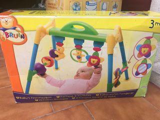 Gimnasio juguetes bebés