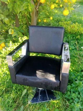 Vendo sillon d Barbero en buen estado ... Precio