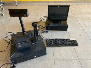 Caja registradora, tpv con escáner y ordenador