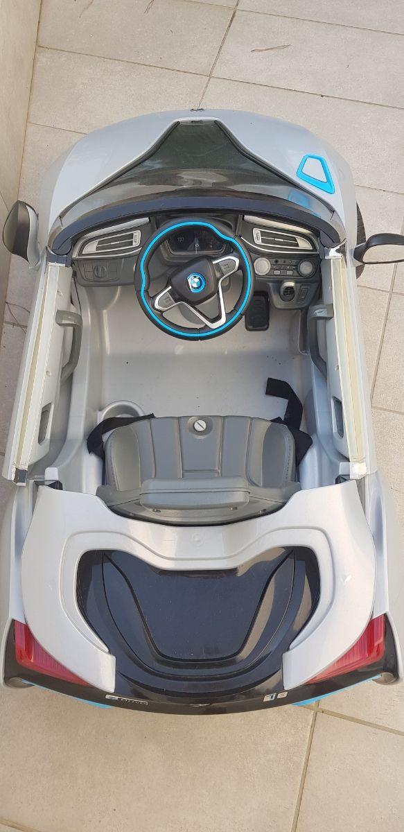 Coche infantil BMW con bateria