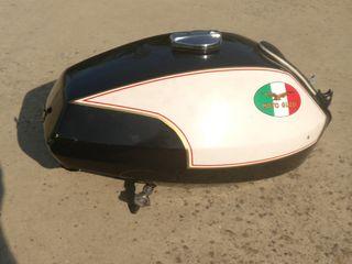 Depósito Guzzi T3 California