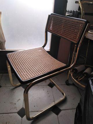 silla cesca dorada y negra