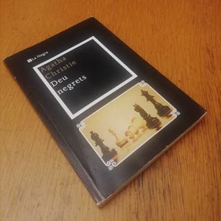 Deu negrets - Agatha Christie