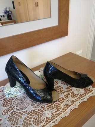 Zapatos piel Pitillos 39
