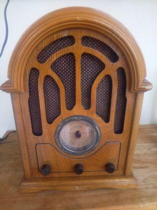 radio cassette imitación clásica, antigua, vintage
