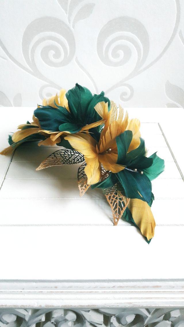 Peineta de plumas