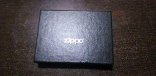 Zippo con pinza