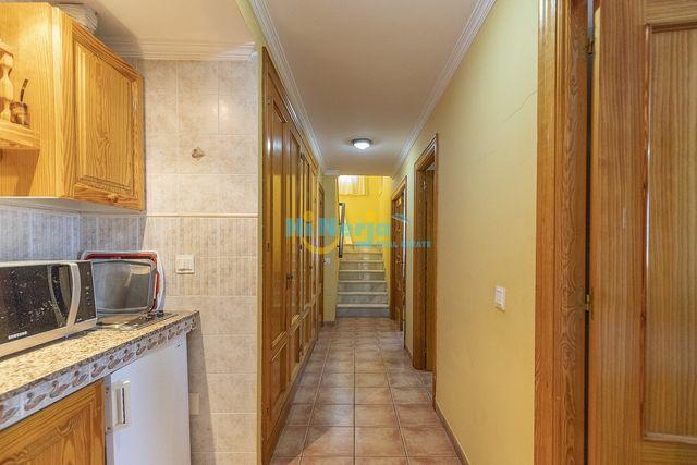 HI1245 Villa 7 dormitorios Torre Del Mar (Torre del Mar, Málaga)