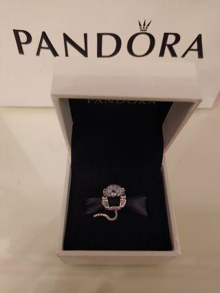 mono brillante de Pandora