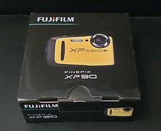Cámara acuática FUJIFILM FINEPIX XP90