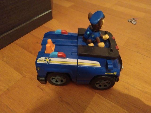 coche patrulla canina