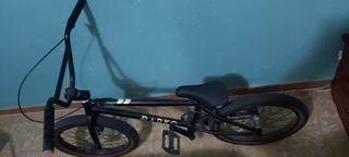 BICICLETA BMX DARKO