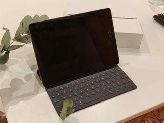 iPad Air 2019 +smart Keyboard