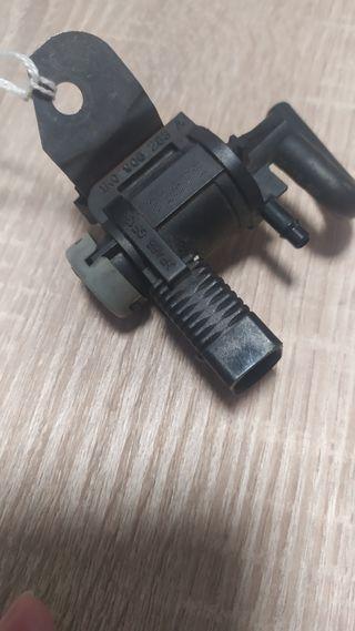 Válvula sensor EGR Volkswagen 1K0906283A