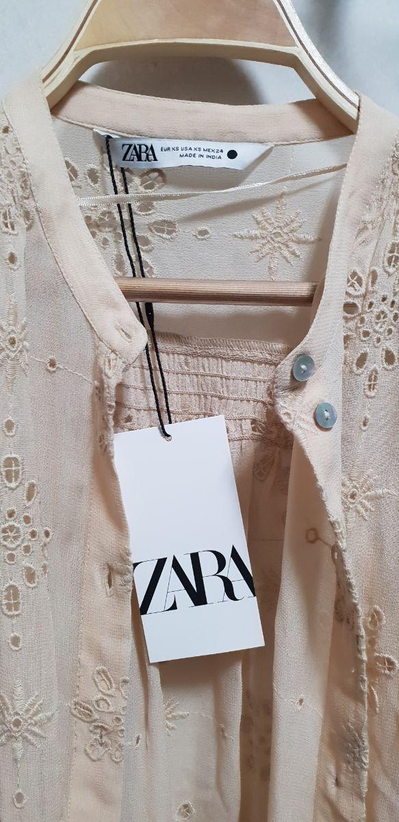 blusa bordada perforada ZARA INFLUENSER