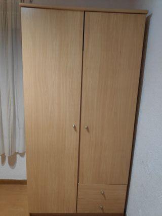 armario de madera 2 puertas con perchero y 2 cajon