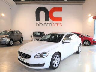 VOLVO S60 D4 AWD Kinetic Aut.
