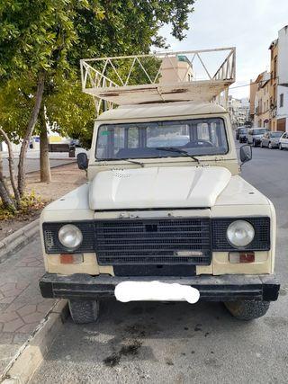 Land Rover santana 1983